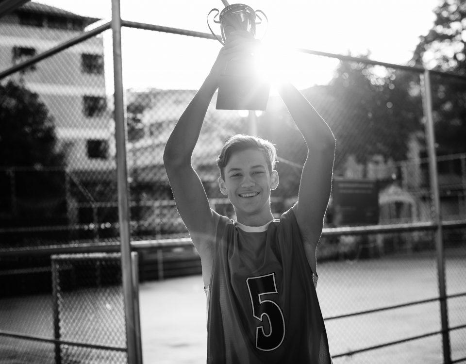 Ένα παιδί που είχε μαθησιακές δυσκολίες θυμάται και δίνει τις ευχές του για την καινούρια χρονιά